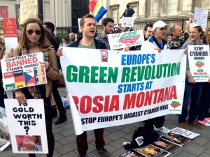 Romanians protest in Trafalgar Square against cyanide mining in Rosia Montana