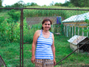 Life in transit: The story of two Romanian co-workers